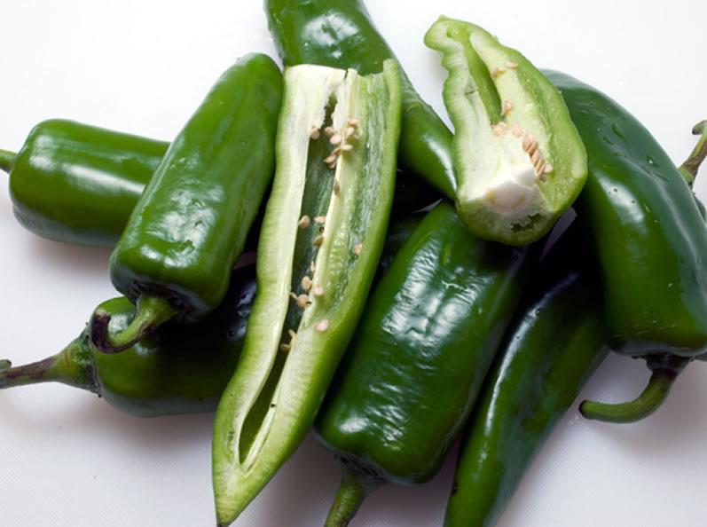 Green Chile Mac & Cheese: Fresh Anaheim Green Chiles