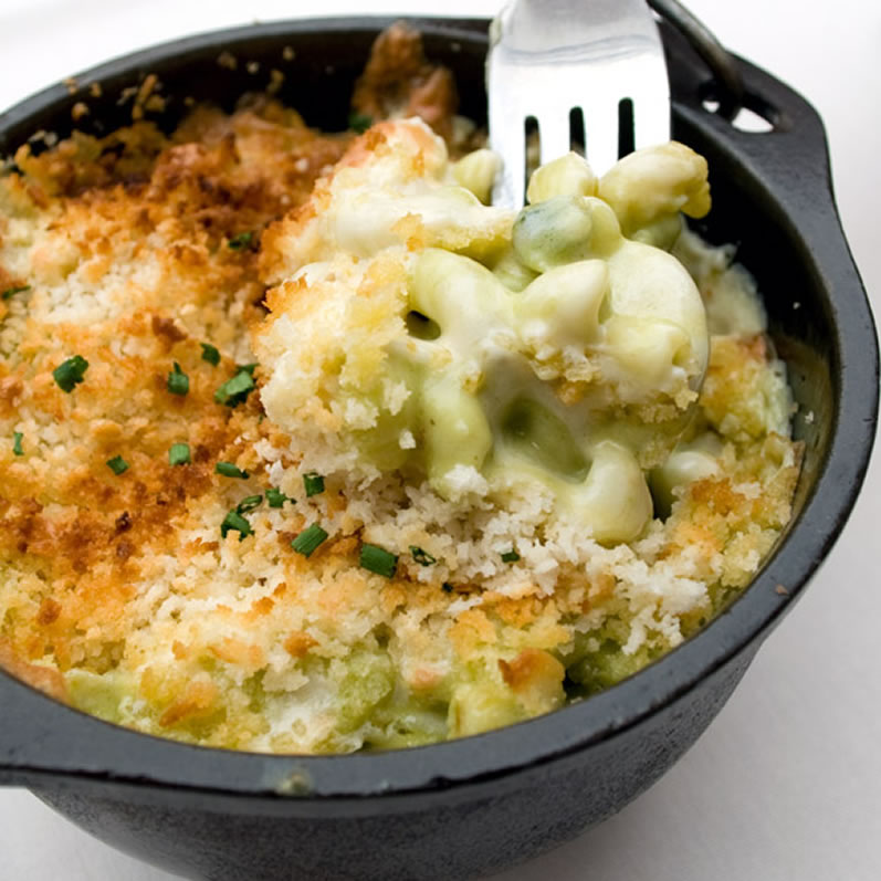 LunaCafe World Famous Green Chile Mac & Cheese Recipe