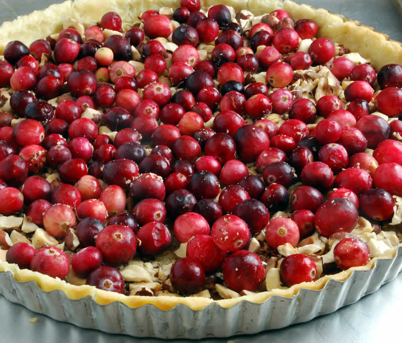 HAZELNUT HONEY TOFFEE TART WITH CRANBERRY VARIATION