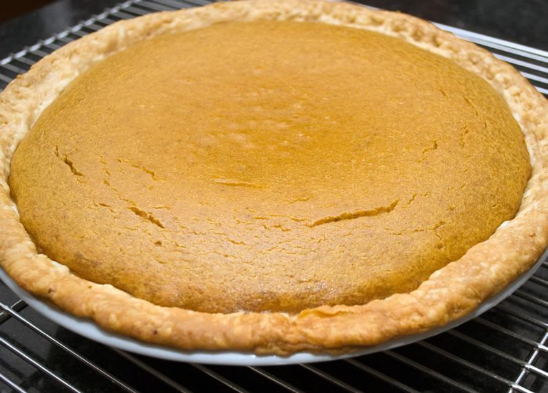 Pumpkin Sour Cream Pie with Caramel Walnut Topping | LunaCafe