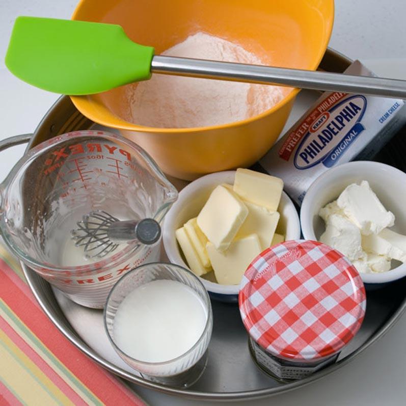 Raspberry Cream Cheese Coffee Cake | LunaCafe