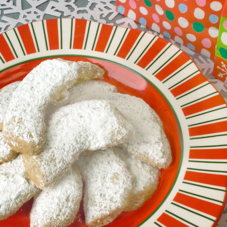 Comfort & Joy Spice Cookies on Holiday Platter