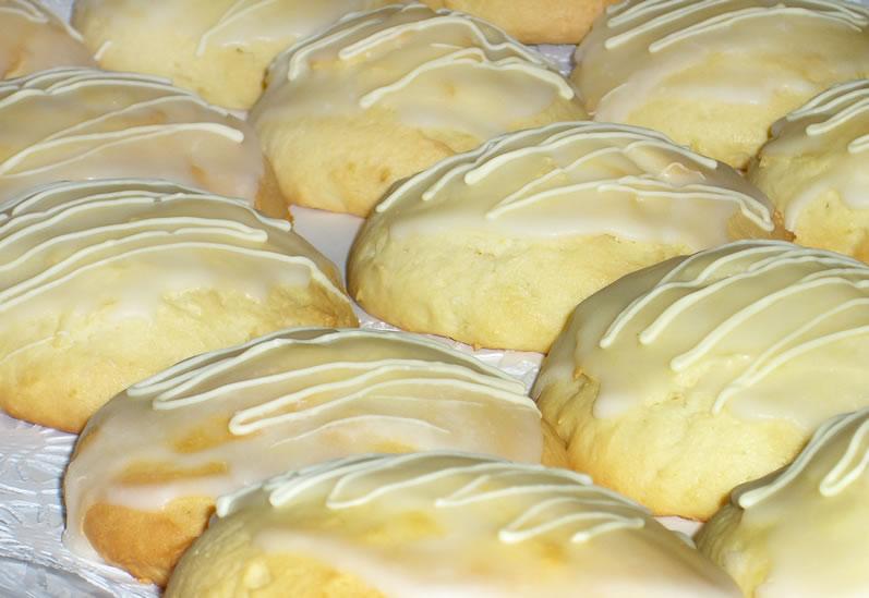 Lemon Cake Cookies with Lemon Icing