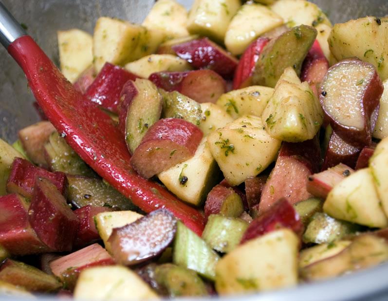 Rhubarb and Apples for Rhubarb Apple Crisp