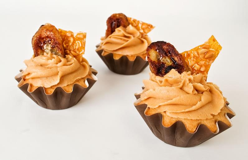 ... Peanut Butter Frosting, Peanut Praline & Caramelized Banana | LunaCafe
