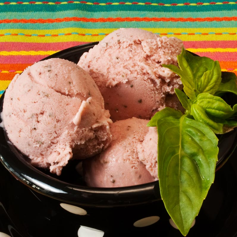 Strawberry Basil Sour Cream Gelato | LunaaCafe