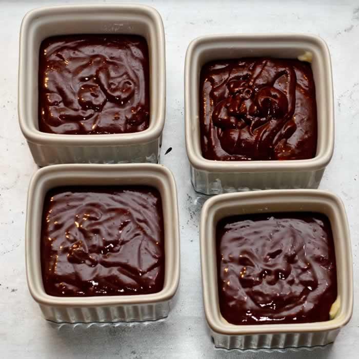 Warm Spiced Molten Chocolate Cake