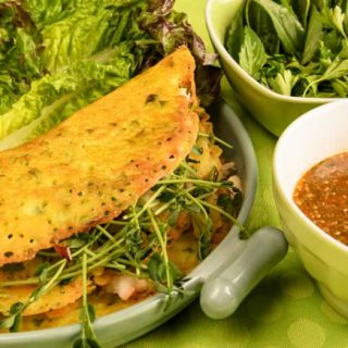 Vietnamese Crispy Rice Cake with Lettuce Leaves, Fresh Herbs & Nuoc Cham Sauce