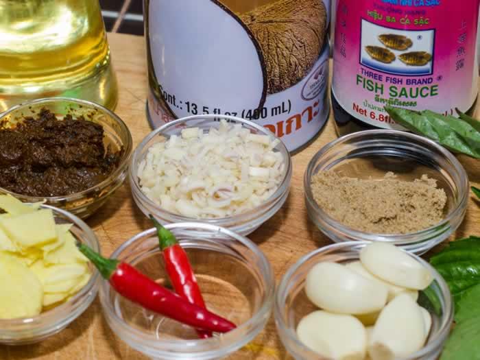 Spicy Thai Peanut Sauce Ingredients