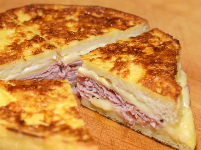 Monte Cristo Sandwich {Breakfast for Dinner}