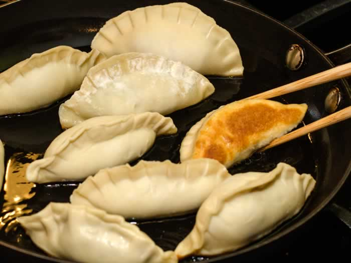 Pan-Frying Pork & Prawn Potstickers (aka Asian Dumplings)