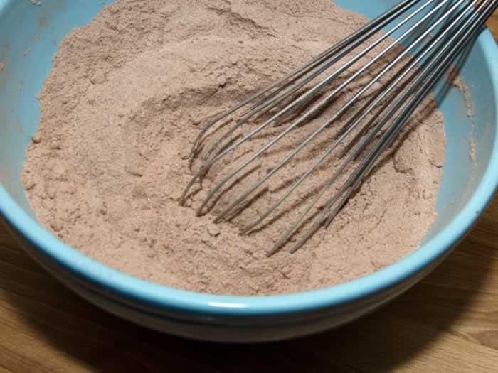 Mad Dash Chocolate Cake (Fast & Easy)   LunaCafe