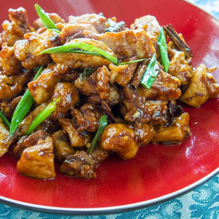 General Tso's Chicken   LunaCafe