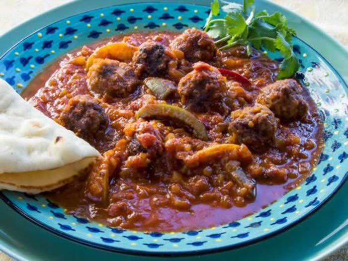 LunaCafe Top Posts 2014: Moroccan Kefta Tagine (Spicy Meatballs & Tunisian Tomato Sauce)