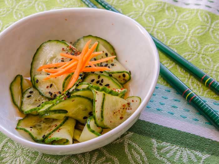 Spicy Asian Cucumber Salad | LunaCafe