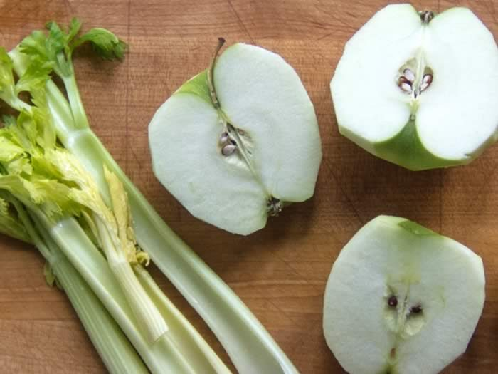 Curried Celery Soup with Green Apple, Coconut & Lime 9