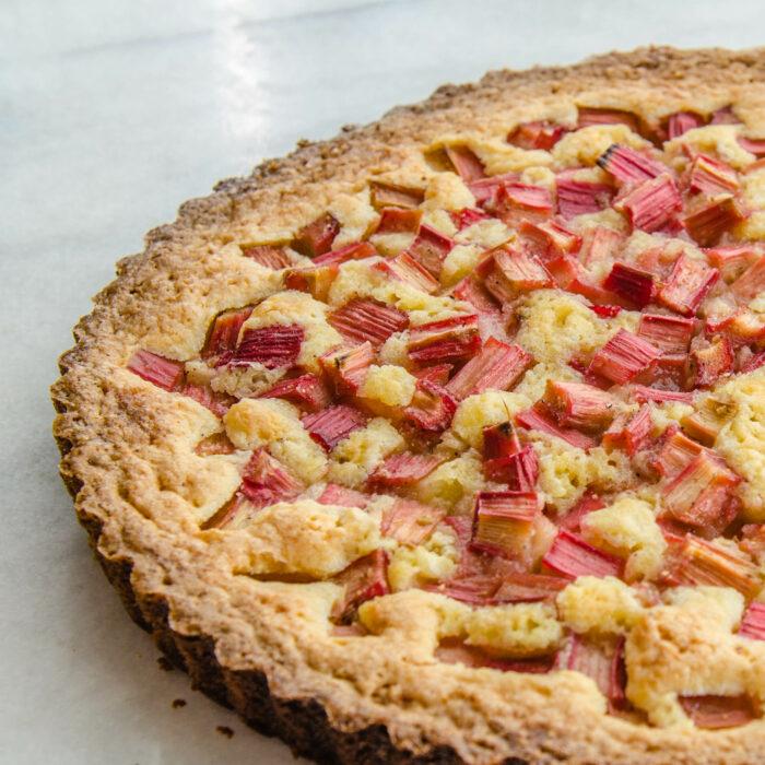 Rhubarb Rose Tart | LunaCafe