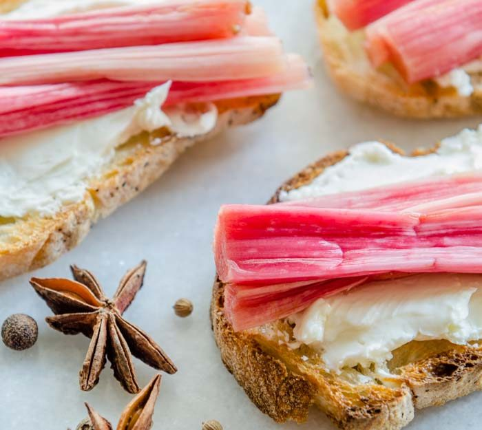 Spicy Pickled Rhubarb | LunaCafe