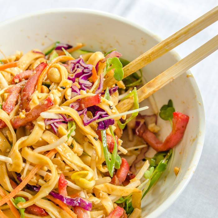Cold Spiced Peanut Sesame Noodles with Peanut Chile Sauce | LunaCafe