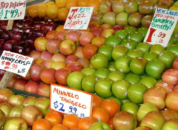 fresh-fall-crop-apples-at-p