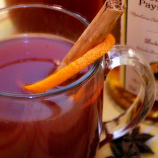 Mulled Apple Cider with Warm Winter Spices, Cayenne & Hibiscus