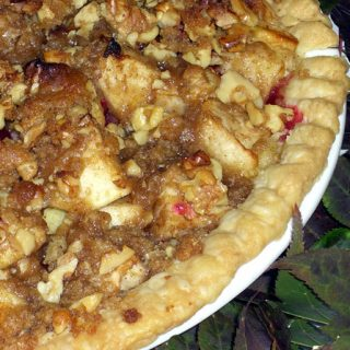 pple Cranberry Pie with Toasted Walnut Streusel